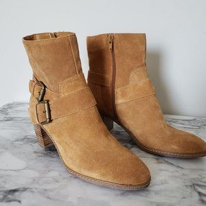 Anne Klein Caramel Tan Leather ankle boots 6.5